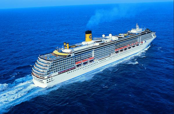 豪华邮轮招聘海乘服务人员工作环境高档小费提成高收入高